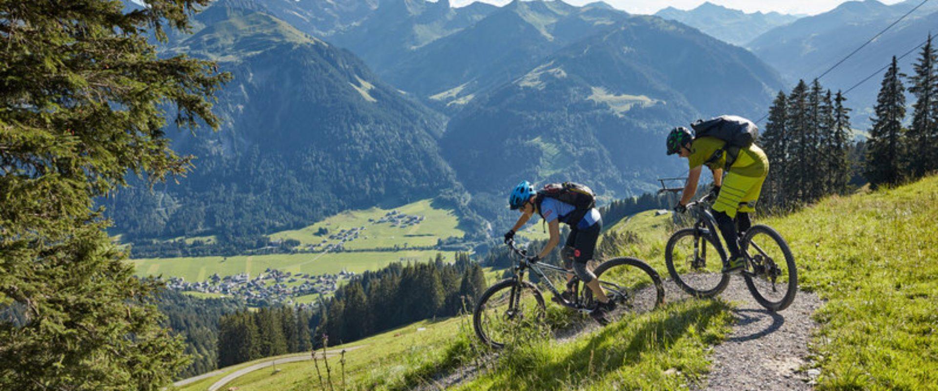 Mountainbike Au-Schoppernau (c) Adolf Bereuter - Bregenzerwald Tourismus