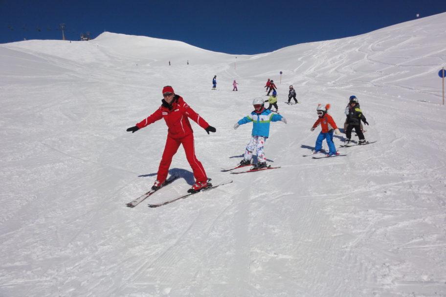 Damüls Kinder skifahren © N.N. / Damüls-Faschina Tourismus
