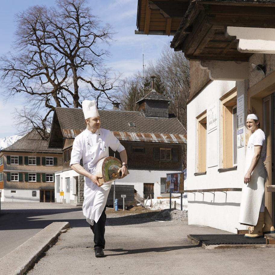 Kulinarik_Bergsennerei Schnepfau © Adolf Bereuter / Bregenzerwald Tourismus
