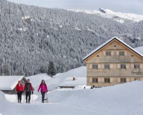Kulinarisch winterwandern Schönenbach © Adolf Bereuter / Bregenzerwald Tourismus GmbH