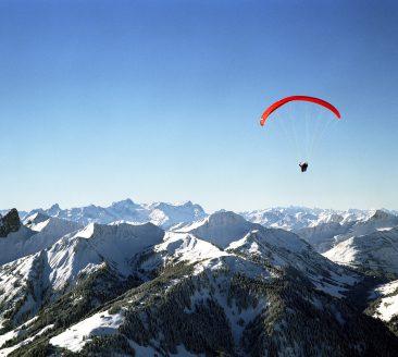 Paragleiter am Diedamskopf © Christoph Lingg / Bregenzerwald Tourismus