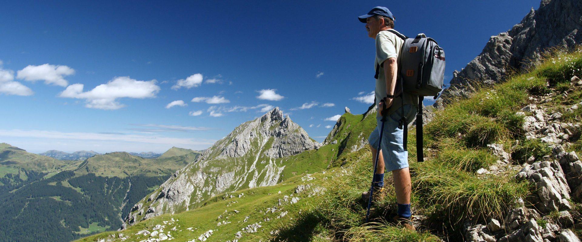 Wanderer auf der Künzelspitze © Ludwig Berchtold / Bregenzerwald Tourismus