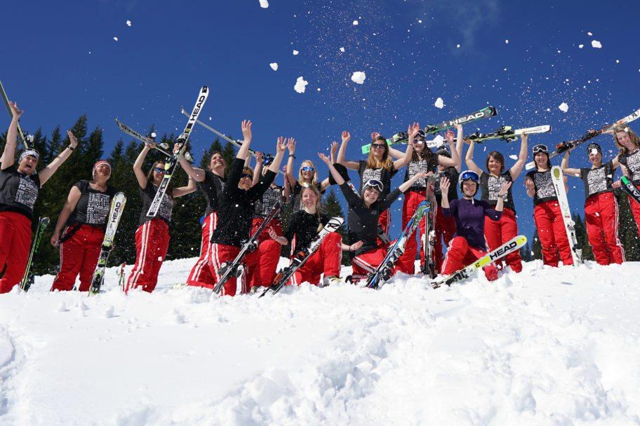 Skilehrerinnen Skischule Mellau