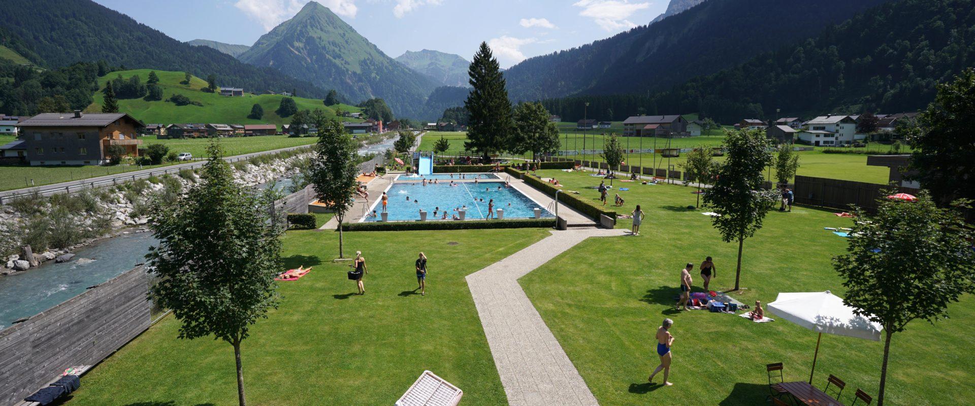 Au Schwimmbad