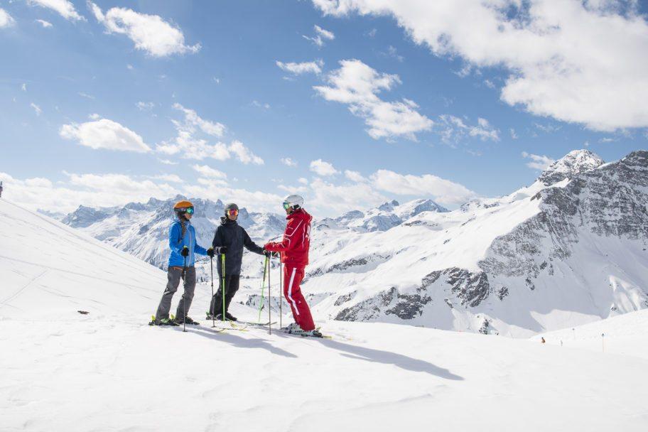 Skischule Salober-Schröcken-Blick Richtung Arlberg
