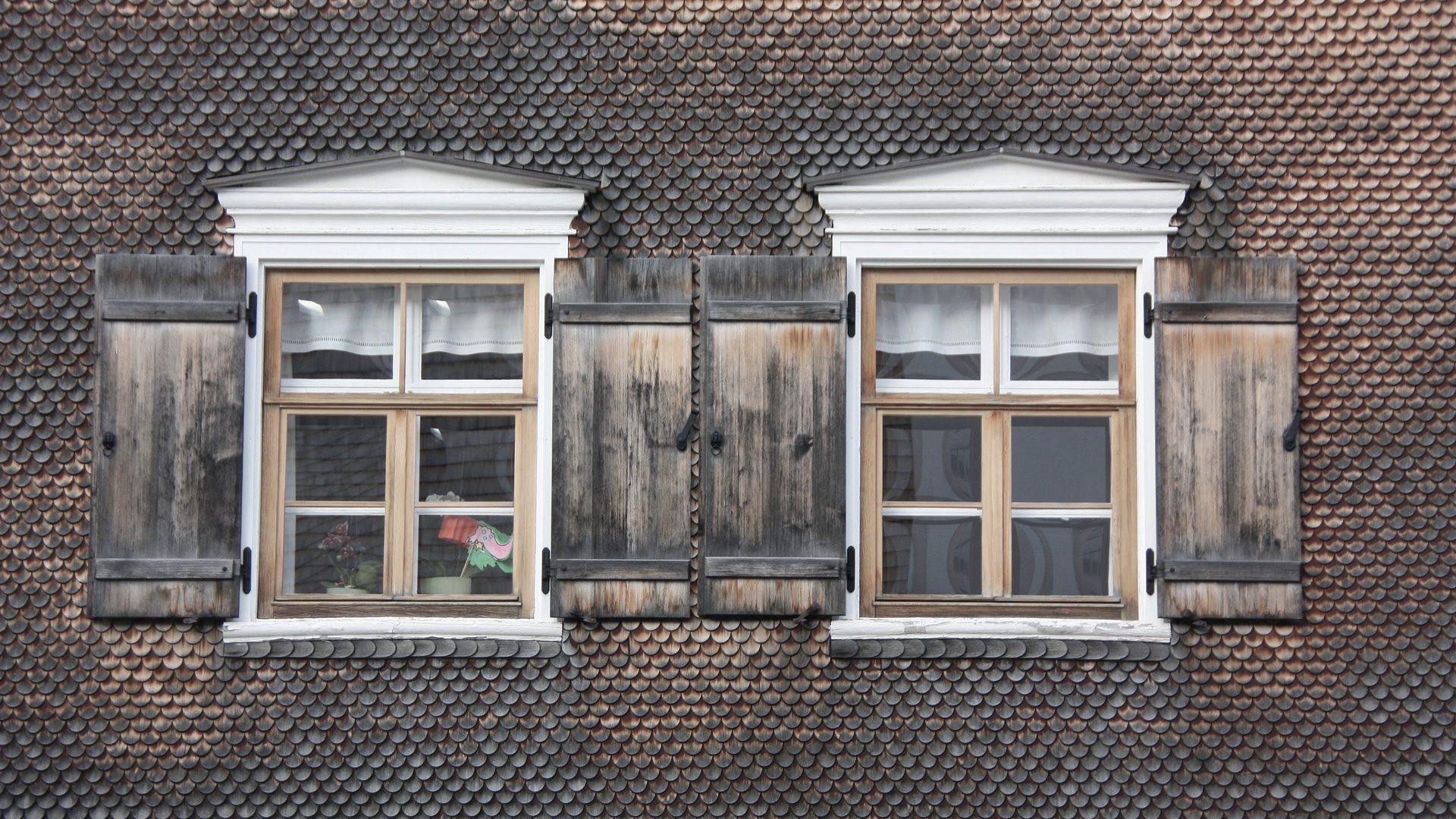 Schmuck am schmucken Haus - Bregenzerwald in Vorarlberg