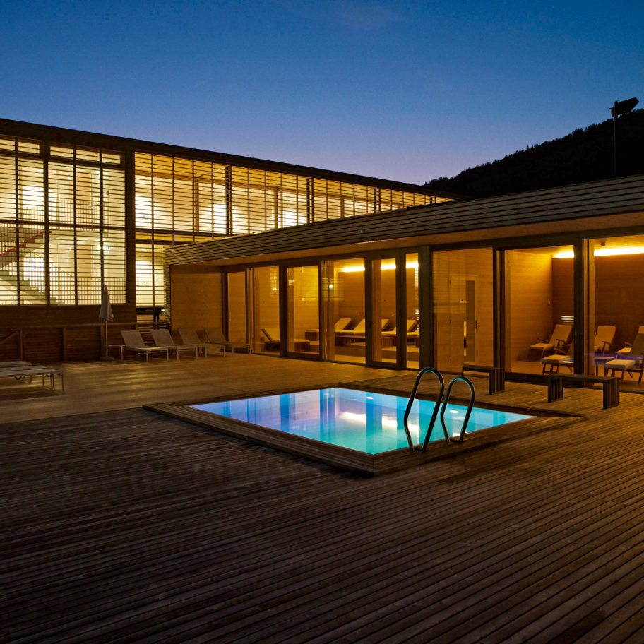 sonne lifestyle resort s bregenzerwald in vorarlberg. Black Bedroom Furniture Sets. Home Design Ideas