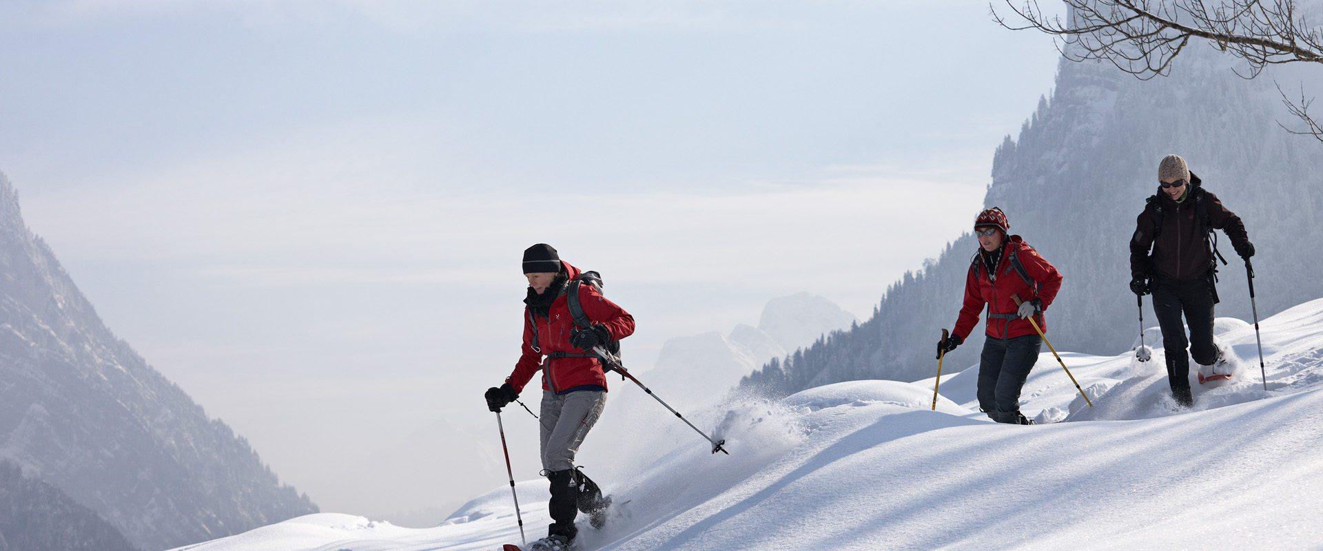 bwmag03_Schneeschuhfrauen