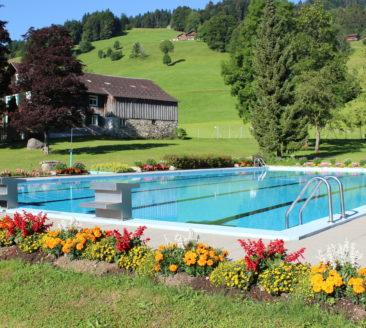 Schwimmbad Schwarzenberg © Lara Schneider undefined