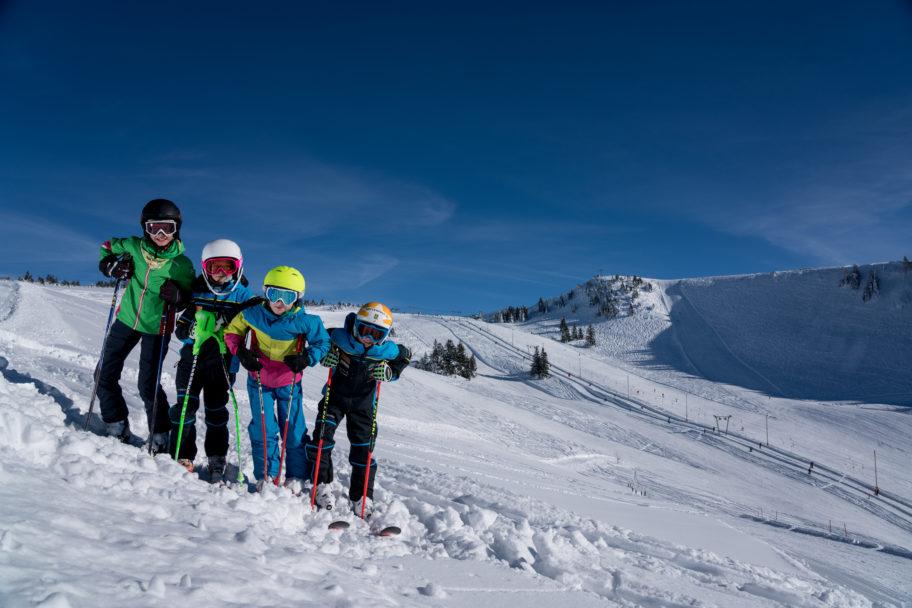 Kinder Skifahren © Ludwig Berchtold - Andelsbuch Tourismus
