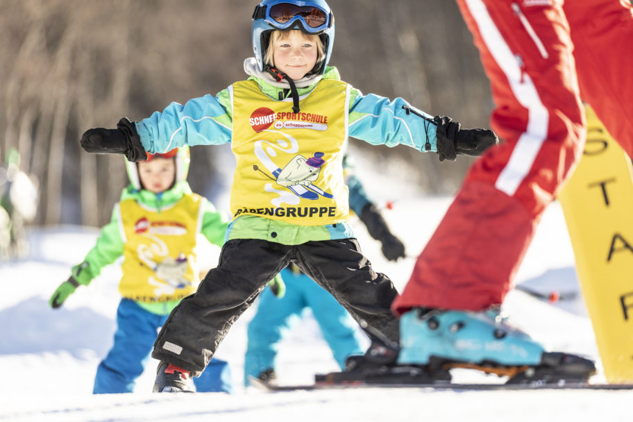 Kinderskikurs in Au-Schoppernau © Emanuel Sutterlüty - Au-Schoppernau Tourismus (4)