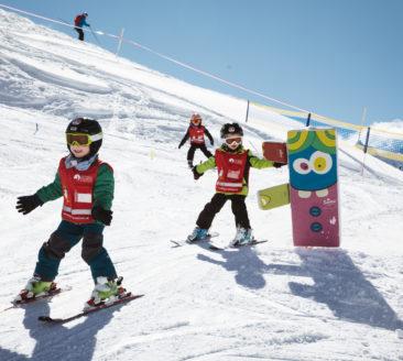 Skischule Salober © Sebastian Stiphout - Warth-Schröcken Tourismus (1)