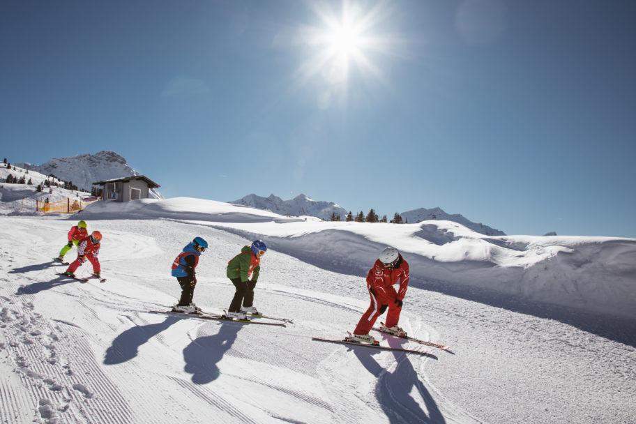 Skischule Salober © Sebastian Stiphout - Warth-Schröcken Tourismus