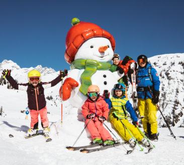 Skischule Warth © Sebastian Stiphout - Warth-Schröcken Tourismus