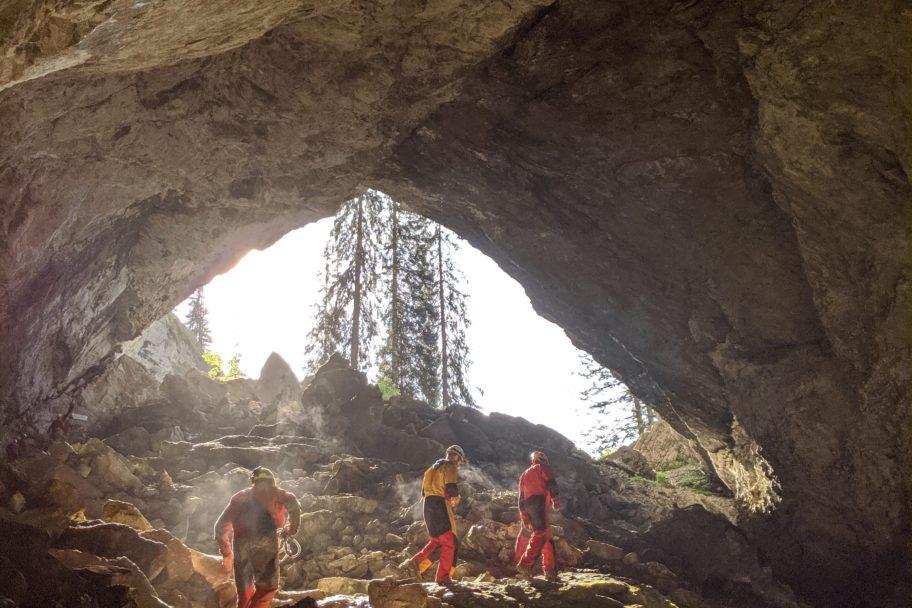 Tour in die Schneckenlochhöhle mit dem AktivZentrum Bregenzerwald © Schmelzinger - AktivZentrum Bregenzerwald