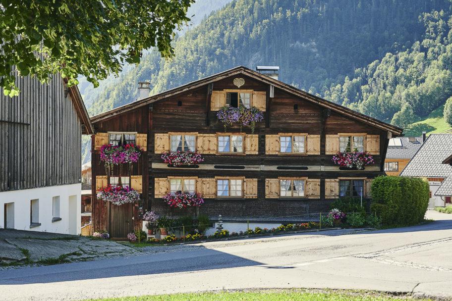 Traditionelles Haus in Au-Rehmen © Alex Kaiser undefined